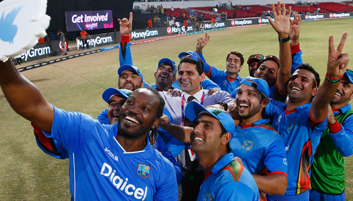 Chris gayle with Afghanistan players
