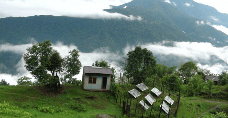 An Impromptu Trek Is Now Impacting 1600+ Lives By Lighting Up 430+ Houses In Arunachal Pradesh